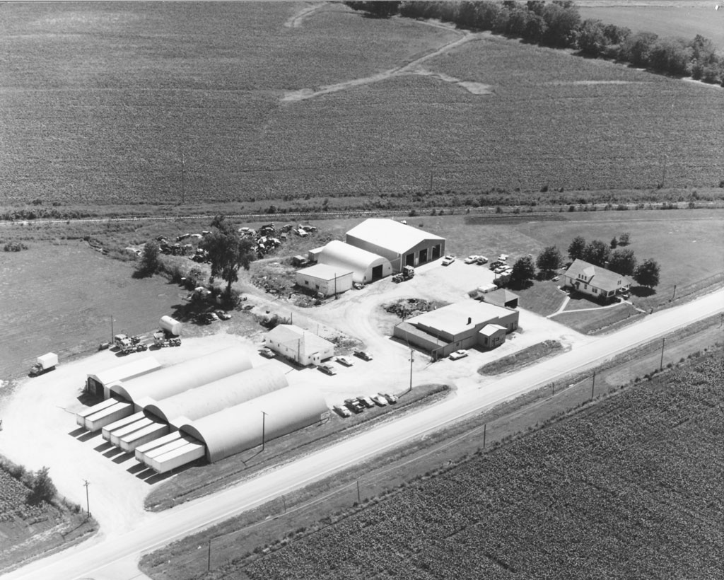 Dot Foods operation in the mid-1960s. RT quickly moved from the Family station wagon to a single Quonset hut as the business grew. Dot Foods continues this growth trend today.